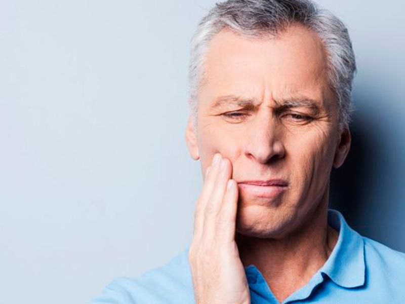 o que causa dor de dente